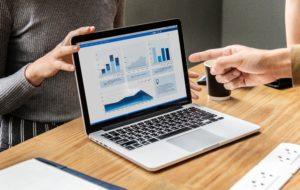 Pozyskiwanie, weryfikacja i analiza danych